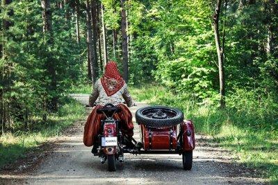 Балаган Вулкан и волшебный барабан. Краткое содержание аудиоспектакля